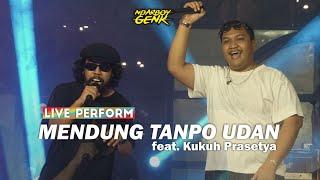 Download lagu Ndarboy Genk feat. Kukuh Prasetya - Mendung Tanpo Udan (Live Perform) MUGA