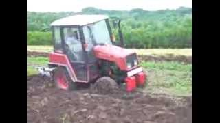 MTZ Belarus 320 working (2013)