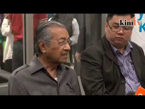 Mahathir: He's worse than Pak Lah, Najib must go