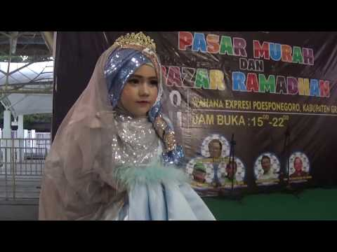 Fashion show busana muslim anak terkini