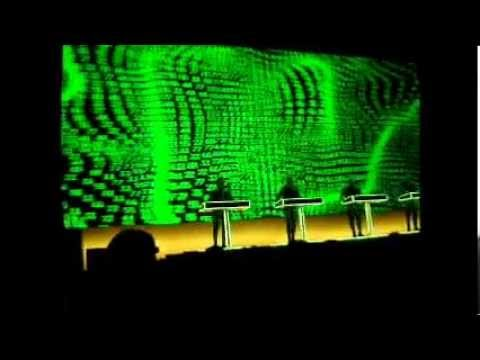 KRAFTWERK - 13.05.13.  COMPUTER WORLD (Suit)
