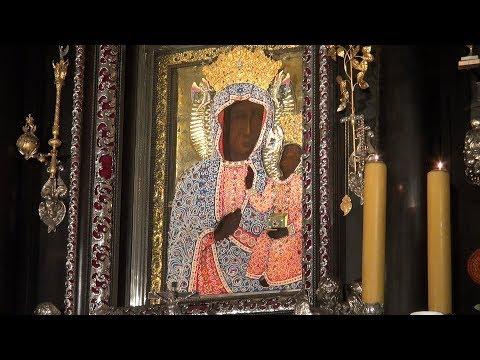 Perłowa Sukienka Matki Bożej