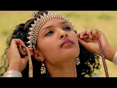 Abebe Kefeni - Megaal Werre Quaalu - New Ethiopian Music 2016 (Official Video)