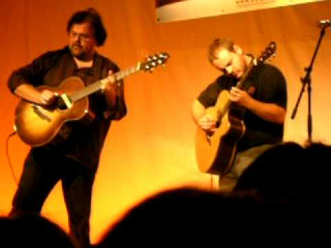Andy Mckee and Don Ross - Rylynn live in hamburg