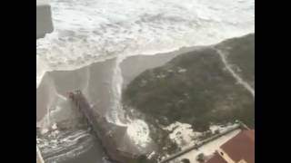 RAW: Streets in Jacksonville are flooded with storm surge during Hurricane Matthew