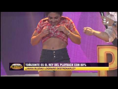 Con Este Playback Vania Bludau Paralizó Los Reyes Del Playback