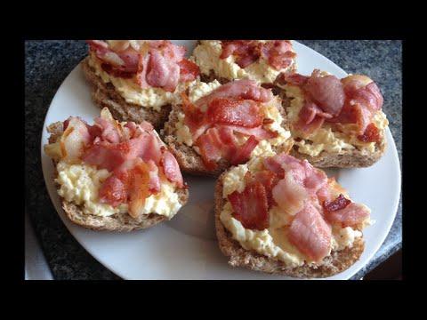 Кулинарный рецепт Завтрак красивые бутерброды с яицом и беконом