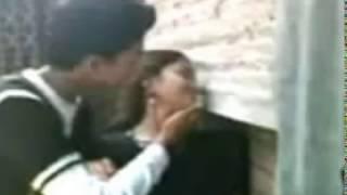 বয়ফ্রেন্ড গালফ্রেন্ডে কলেজের ছাদে Kiss ও টিপাটিপি ফাঁস ২০১৭