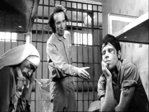 Roberto Benigni..The Master killing it in Jarmusch's Down by Law
