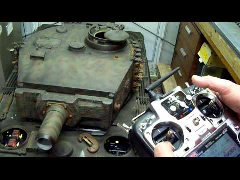 WW2 HEAVY TIGER 1 TANK,1/4TH SCALE MARK 1 R C TANK