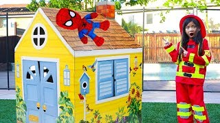 Emma Pretend Play Saving Spiderman Doll Toy As Fightfighter
