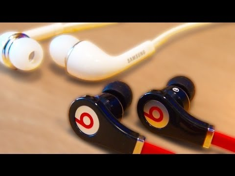 BEATS Vs Samsung Galaxy S4 EarPhone Comparison / Test