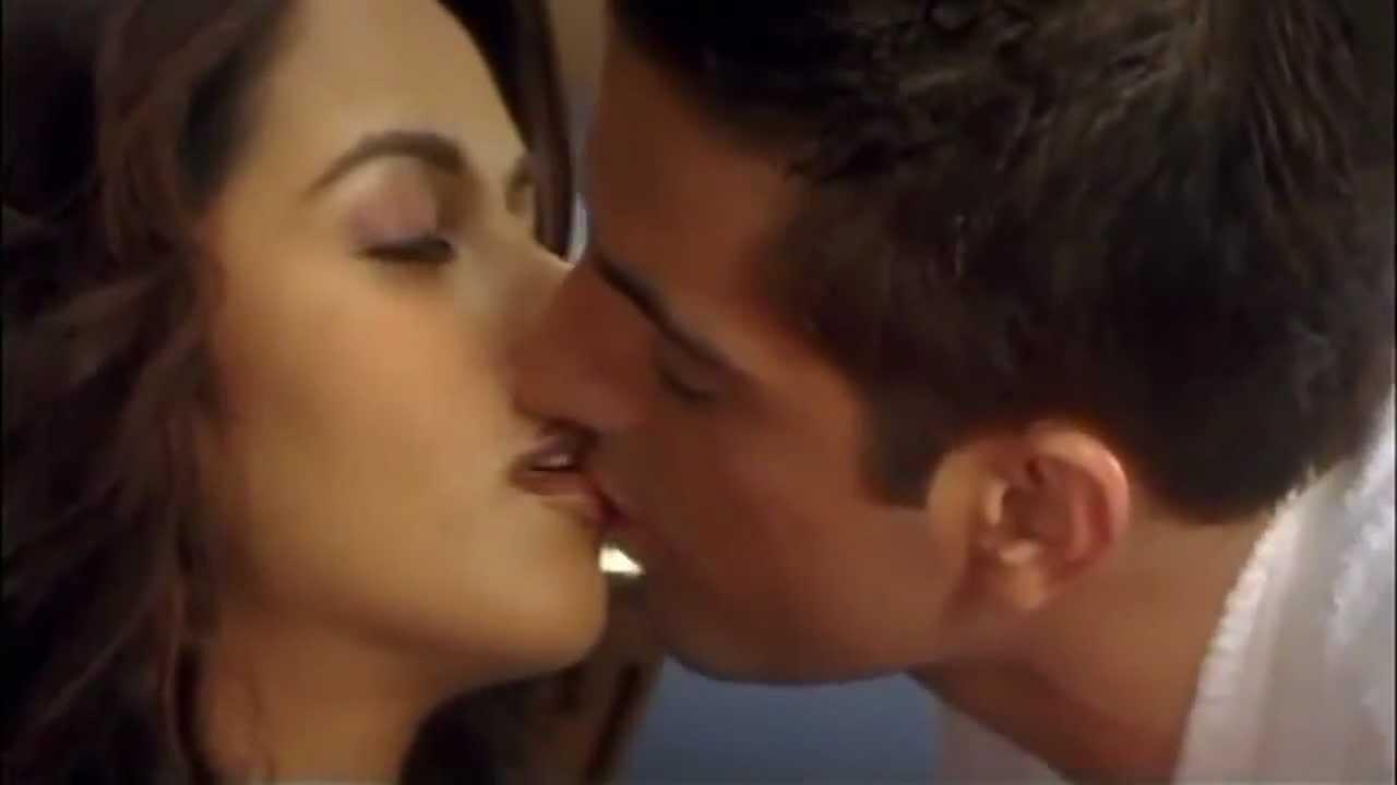 Lips Kissing lips kissing smut for sensual lesbians kissing lips