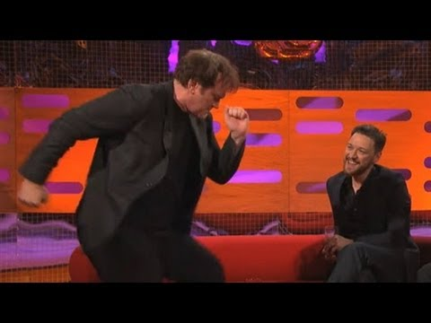 QUENTIN TARANTINO: Dancing the Pulp Fiction Twist (The Graham Norton Show)