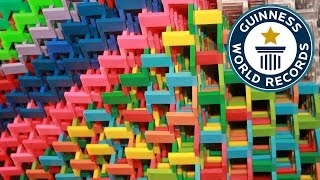 SPOTLIGHT - Most dominoes toppled in a 3D pyramid