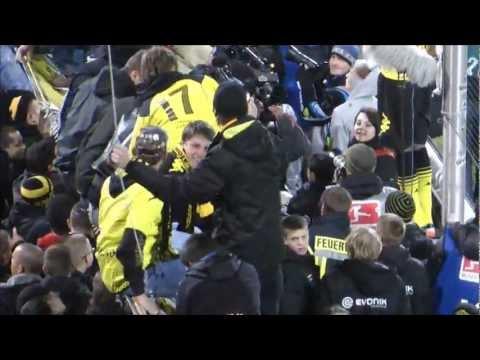 BVB - Schalke 2-0 Derbysieger 26.11.2011 Borussia Dortmund S04 Derby Stimmung Video schwatzgelb.de