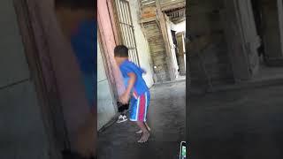 Yosued baila
