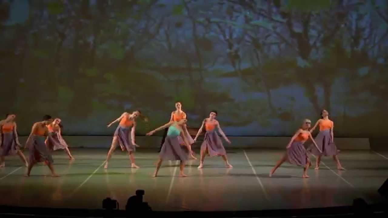 Отчетный  концерт 30 мая 2015 года в Концертном зале отеля Санкт-Петербург. Джаз- Модерн, хореограф Александра Захарова.