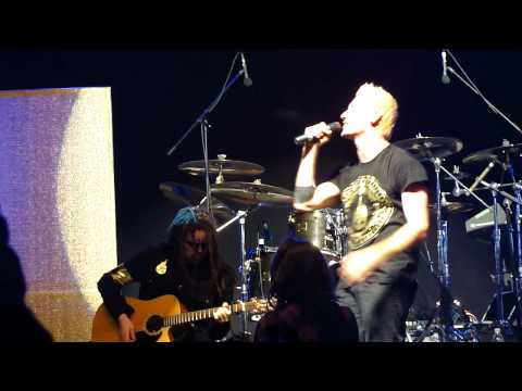 Thousand Foot Krutch - This Is A Call Live