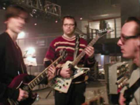 Weezer - The Story Is Wrong