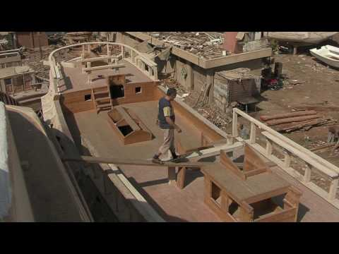 Building the replica of the historical tall-ship La Grace - PR VIDEO