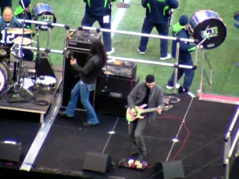 DeGarmo, Wilton, Inez and Smith at Seattle Halftime Show Part II