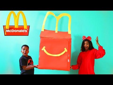 Shiloh McDonald's HAPPY MEAL vs McDonald's SURPRISE MEAL! - Shasha and Shiloh - Onyx Kids