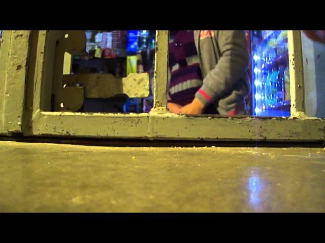 san juan de los lagos 2012, en la mesa ,comprando hilos para, las ampollas