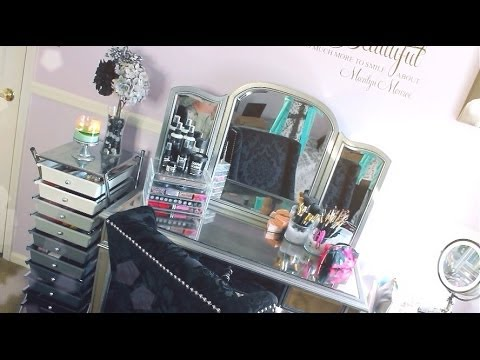 ♡Makeup Collection & Vanity Tour♡ - Ciaoobelllaxo