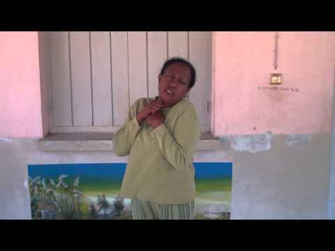 Langue des signes malgache   mipongy   bouder