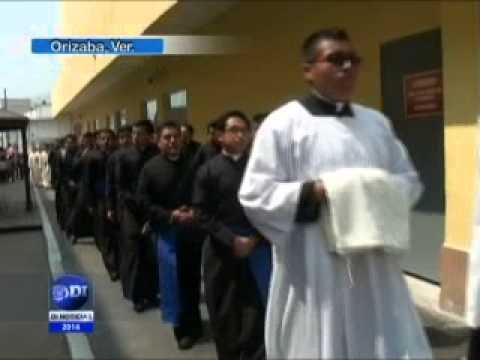 Realiza Procesión obispo de Orizaba