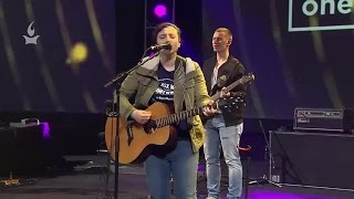 Juliana Thompson // Only One Way // Onething 2016, Session 9 Special Song