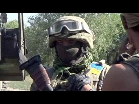 Street battles continue as Ukraine army attacks pro-Russian rebels