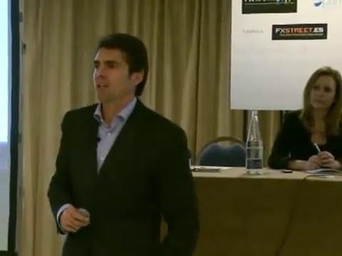 David Aranzábal realizando Trading en vivo ante 750 personas