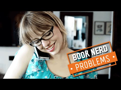 Book Nerd Problems | Traveling With Books