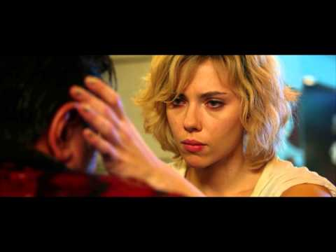Lucy de Luc Besson avec Scarlett Johansson, Morgan Freeman - bande-annonce IMAX