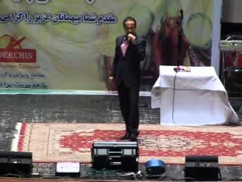تقلید صدای علیرضا افتخاری و محسن چاوشی ( حسن ریوندی) Music Videos