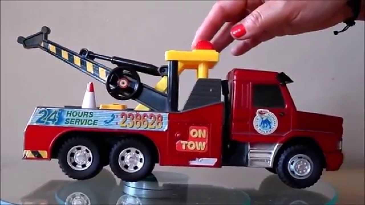 Tonka Toy Trucks >> American Toy Red Tonka Tow Truck 6 Wheeler - YouTube