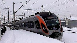 Hyundai rotem HRCS2-010 & ChS8 with passenger train