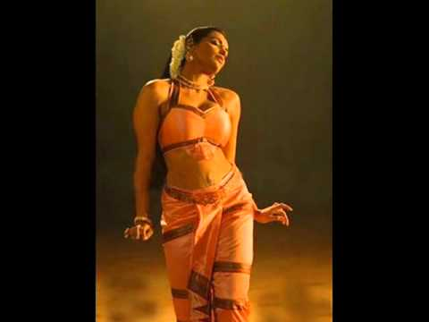 swethamenon hot navel show in rathinirvedham