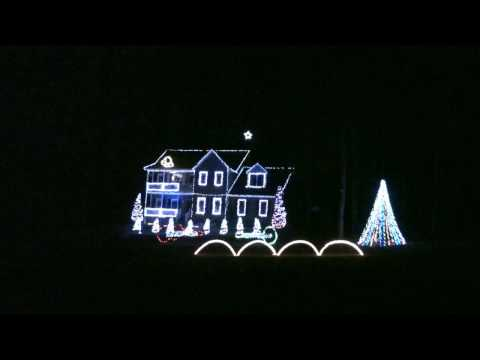 Duelling Jingle Bells Banjos US Navy Christmas Light Show 2009 Music Videos