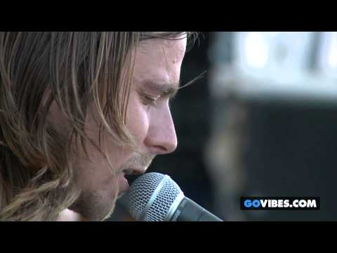 "Lukas Nelson & P.O.T.R. performs ""Toppers"" at Gathering of the Vibes Music Festival"