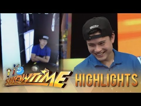 It's Showtime MiniMe 3: Hashtag Tom is caught in the act!