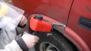 Review, Harbor Freight, Central Peumatic # 95793 gravity feed sanding blasting gun & how to video.
