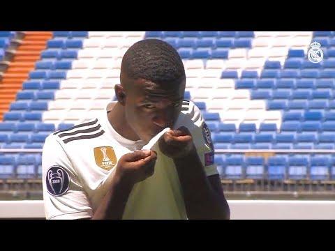 Vinicius Junior Full Real Madrid Presentation HD (20/07/2018)
