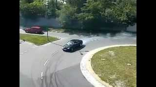 Mercedes Benz W220 S 500L A little bit fun and drifting on roundabout :)
