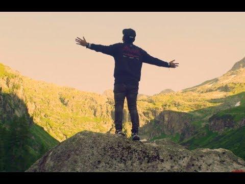 Zizan Razak feat. Ismail Izzani - Berserah [Official Music Video]