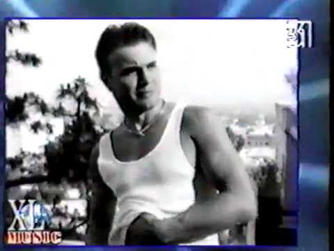 Gary Barlow And Robbie Williams - XL Music News (Russian TV 1997)