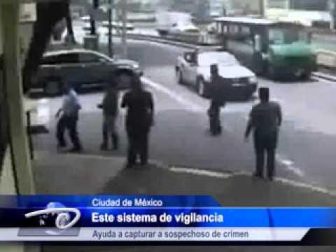 México.-  Cámaras de seguridad en la capital. Captan momento de asalto y homicidio.