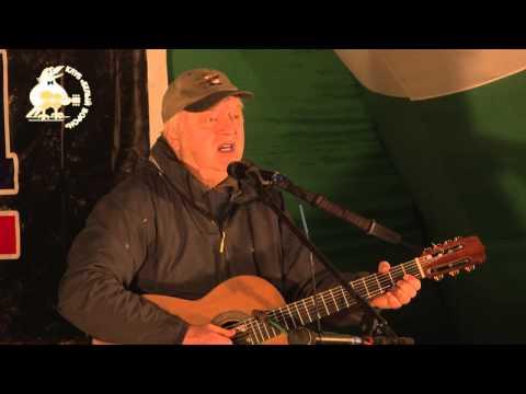 Лагерные песни - Покрывает землю желтая листва